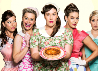 5 lesbians eating a quiche – fringe hub : lithuanian club – main theatre