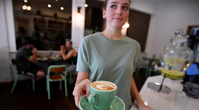 cutting sunday penalty rates will hurt young people the most