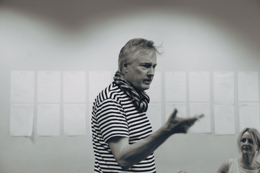 latest enews: inside rehearsals with the joneses l final days of rules for living