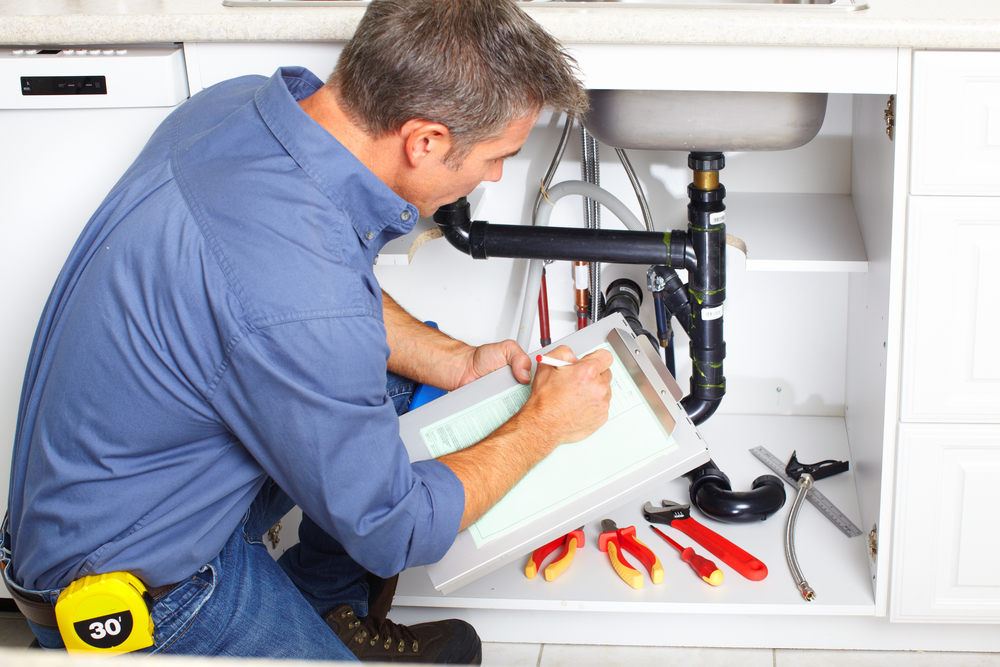 what is the requirement of leak detection in the plumbing system?