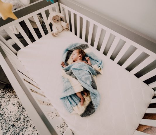 tips to design the cutest crib for your baby
