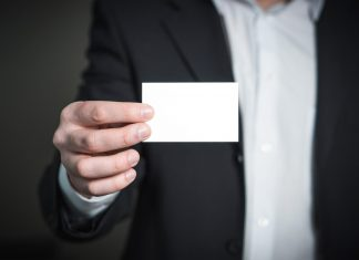 tips on what information to put on your business cards