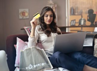 tips to become an online fashion buyer