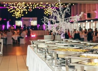 ways to hire the perfect wedding catering services
