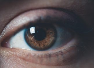 6 ways to protect your eyes from damage and disease