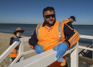 working for victoria covid-19 cleaning crews in port phillip 2020