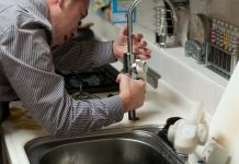 what you need to keep in mind when opting for a plumbing & renovations work for home in perth