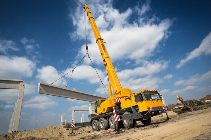things to check before hiring any type of rigging crane