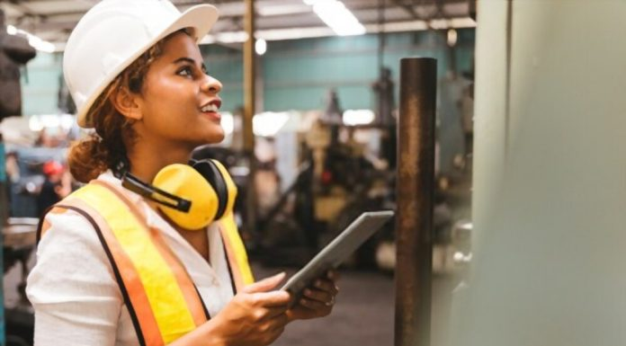 top 5 considerations for contractor management software
