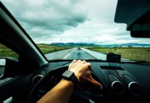 the top 5 worst driving habits