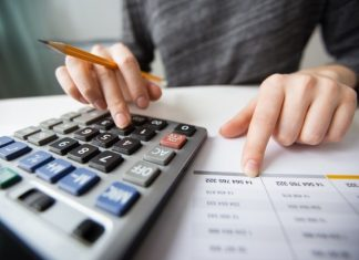 follow these five easy tips to make bookkeeping for tradies easy!