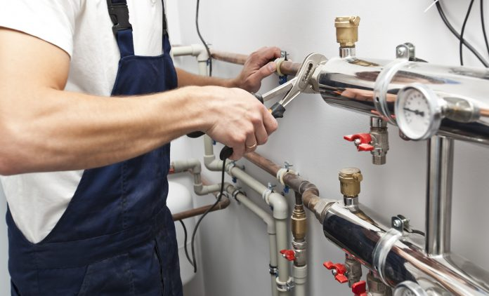 7 signs your office space needs plumbing work