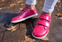 5 amazing benefits of choosing right kid's shoes